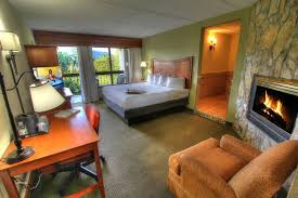 Hotel Rooms With Living Rooms by Book Your Pigeon Forge Hotel Room Inn On The River