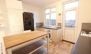 One Bedroom Flat Southend Estate Agents And Letting Agents In The Uk Houses Flats And New