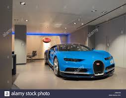 bugatti showroom luxury car showroom uk stock photos u0026 luxury car showroom uk stock
