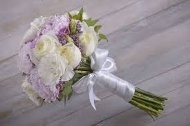 how to make bridal bouquets diy with flowers bridal bouquet 12 steps with pictures