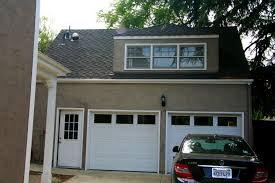 Garage With Living Space Above Apartments Above Garage Apartment Loft Apartment Above Garage