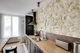 cuisine avec mur en cuisine avec mur en qui donne toute l originalité