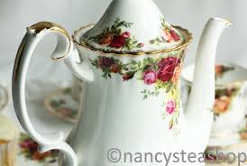 roses china royal albert china the enduring appeal of the nancy s