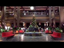 updated polynesian resort hotel lobby tour with lilo and stitch at