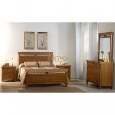 chambre en chene massif chambre adulte complète chêne massif lit 140x190 cm commode et miroir