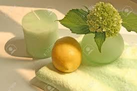 imagenes flores relajantes vela jarrón las flores de limón y una toalla en relajante y