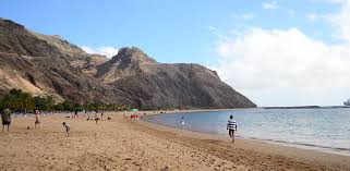warmest canary island during winter where to go on