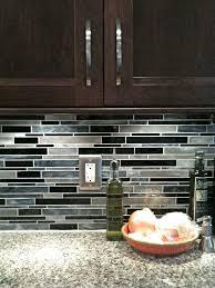 Glass Backsplashes For Kitchens by Best 10 Dark Cabinets White Backsplash Ideas On Pinterest White