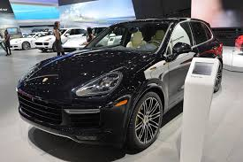 porsche suv 2015 black 2015 porsche cayenne turbo s presented in detroit with 570 hp