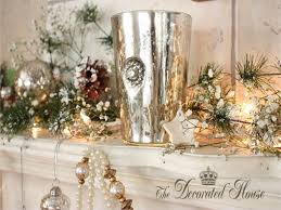gold and white christmas table decoration christmas decoration