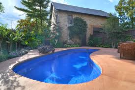 Pool Landscaping Ideas On A Budget Fiberglass Pool Landscaping Des Moines Iowa