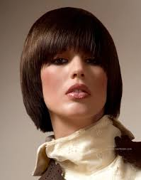 hair finder short bob hairstyles short bob hairstyle with a mahogany shade and a fringe that farmes