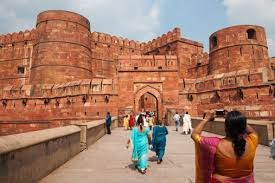 10 top places to visit in agra and around