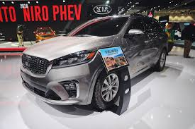 suv kia kia unveiled the 2019 refreshed sorento suv at the la auto show