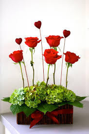 Valentine S Day Table Decorations by 39 Best Valentine U0027s Day Flower Arrangements Images On Pinterest