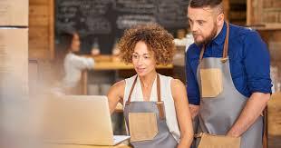 que veut dire reserver en cuisine ces restaurants qui googlisent leurs clients au moment de la