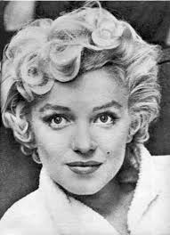 who ever drew this is was a fantastic drawer marilyn