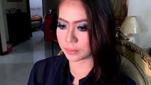Make Up Artist Bandung blue smokey glittery eye on commercial make up course by vannesza