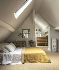 amenagement chambre comble 120 best aménagement des combles images on attic rooms