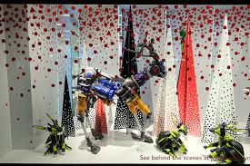 Christmas Window Decorations London by Christmas Window Display Di Fiori Flower Shop In Budapest
