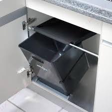 poubelle de cuisine sous evier poubelle de cuisine inox coulissante de tri sélectif encastrable