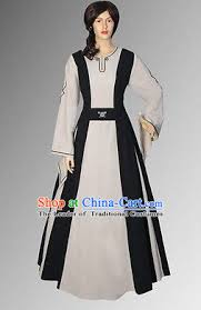 traditional medieval costume renaissance costumes historic