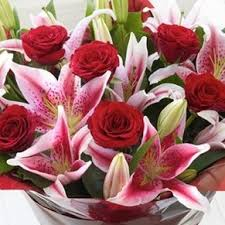 roses and lilies fragrant roses and bouquet buckets premium bouquet in