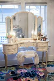 Vanity Station Furniture Makeup Desk With Lights Dressing Table With Drawers