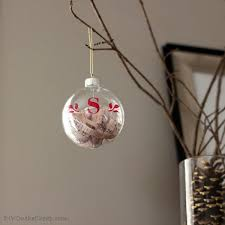 23 breathtaking ways to dress up a plain plastic or glass ornament