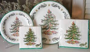 amazon com assorted spode christmas tree paper plates u0026 napkins