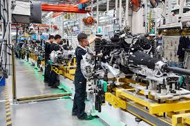 bmw factory assembly line bmw bumps chinese production to 450 000 units