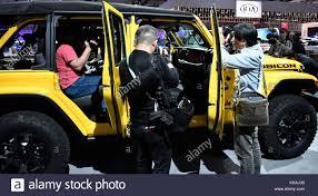 jeep rubicon yellow jeep wrangler rubicon stock photos u0026 jeep wrangler rubicon stock