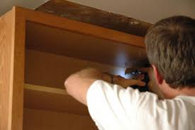 how do you install kitchen cabinets how to install wall and base kitchen cabinets how tos diy