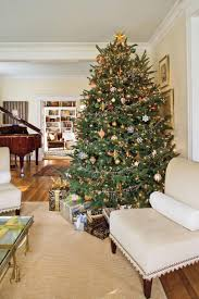 How To Put Christmas Lights On A Tree by Christmas Tree Decorating Ideas Southern Living