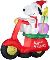 Christmas Outdoor Decorations Peanuts by 146 Best Outdoor Christmas Inflatables Images On Pinterest