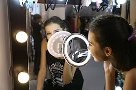 sanheshun 7x magnifying lighted travel makeup mirror sanheshun 7x magnifying lighted travel makeup mirror touch activated