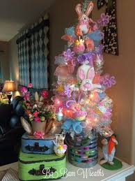 Easter Bunny Tree Decorations by 266 Best A Tree For Every Season Images On Pinterest Holiday