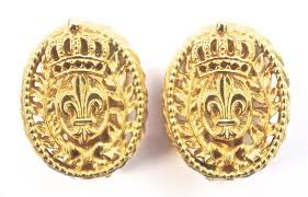 bergere earrings vintage crown and fleur de lis gold tone earrings by bergere