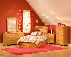 Bedroom Ideas With Red Walls Bedroom Simple Attic Little Girls Bedroom Design For Saving