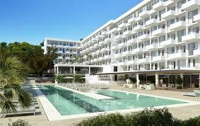 iberostar eröffnet hotel für erwachsene in santa eularia ibiza