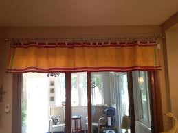 Window Valance No Sew Valance Made From Table Runner Using Curtain Rings With