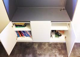 bureau dans un placard placard bureau atelier des monts d or