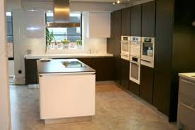 ex display kitchen island ex display white high gloss and oak maroon schuller kitchen