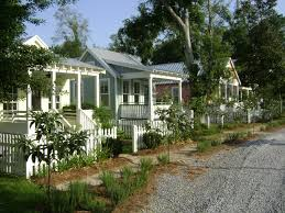 would love a row of these as guest cottages katrina cottages