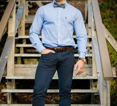 wearing dress shoes with jeans the right way