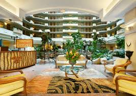 Comfort Inn Near Disneyland Why Embassy Suites Anaheim South For Your Disneyland Vacation