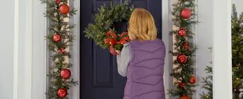 Christmas Outdoor Decorations Canadian Tire by How To Hang A Door Wreath No Tools Required Canadian Tire