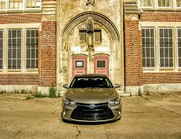 will lexus wheels fit camry 2017 toyota camry hybrid se review the good old gold standard