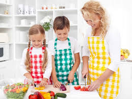 faire la cuisine vos enfants n aiment pas les légumes faites leur faire la cuisine