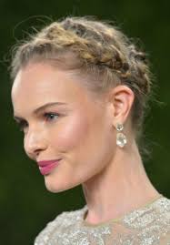 brush up hairstyle for round face best hairstyle photos on